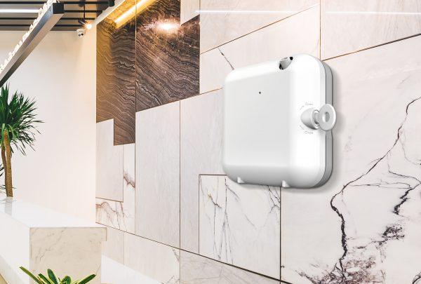 מפיץ ריח חשמלי לשירותים
